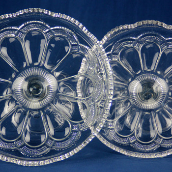 A pair of 'Mirror Plate' salvers by U.S. Glass Company c1904 - Glassware