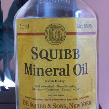 Squibb Mineral Oil - Bottles