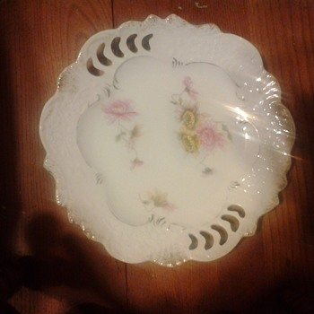 flowered plate - China and Dinnerware