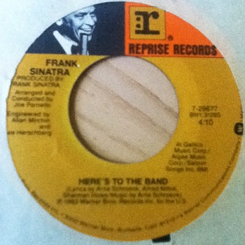 "Frank Sinatra - ""Here's to the Band"" & ""It's Sunday"" 45 Record"