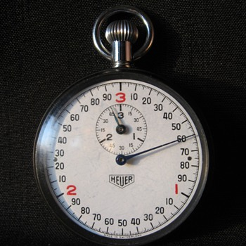 VINTAGE HEUER SWISS  C.1960S (1 ITEM) STOPWATCH - Pocket Watches