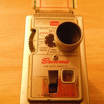 Kodak Brownie 8 8MM movie camera from the late 1950's