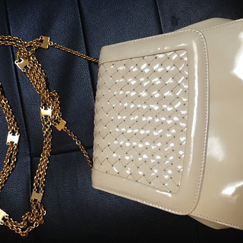 Vintage Cream Colored Patten Leather Handbag With Long Gold Chain