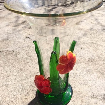 Clear vase Orange Flower: Celebration Brand