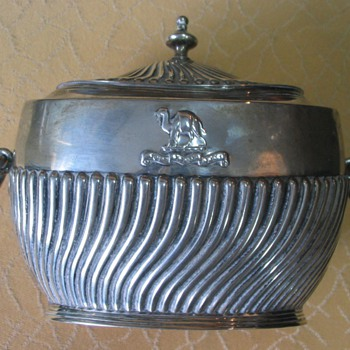 Silver tea or sugar caddy for Worshipful Company of Grocers