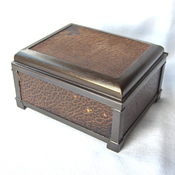 Dark Brown Arts & Craft USA Kronheim & Oldenbusch Desk Set Cigarette Box - Arts and Crafts