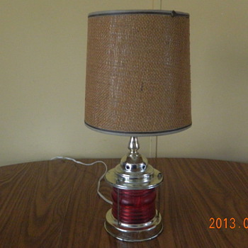 red base lamp 1970's??
