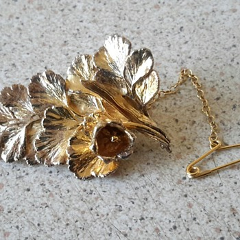 FLORA DANICA gold over silver LEAF brooch Eggert Denmark