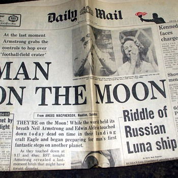 1969-usa-nasa-moon landing-21st july-monday. - Paper