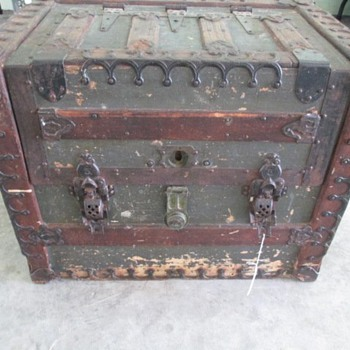 1887 JH Farel Patent Trunk