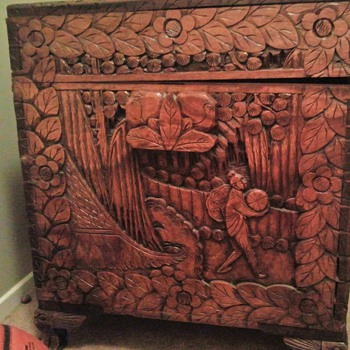 Chinese Camphor Chest - Furniture