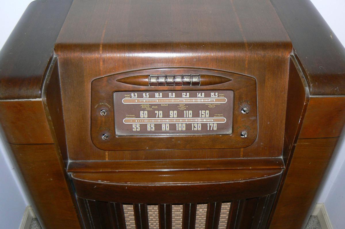 1946 Philco Radio Phonograph Model 46 1209 Collectors Weekly