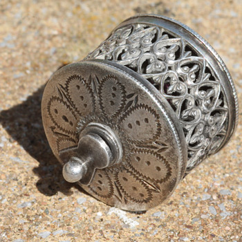 Victorian Silver Sewing Tape Measure Filigree Hallmarked 1900 William Oliver - Sewing