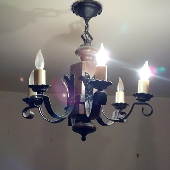 Vintage Chandeliers - Lamps