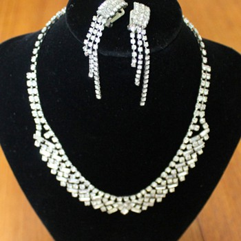 Diamante necklace and earrings - Costume Jewelry