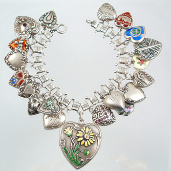 Heart Charm Bracelet --1940s onward - Fine Jewelry