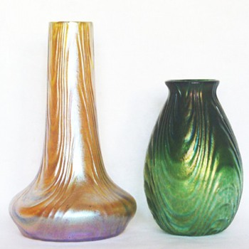 LOETZ WAVE OPTIC: DECOR AND A SURFACE PATTERN. - Art Glass