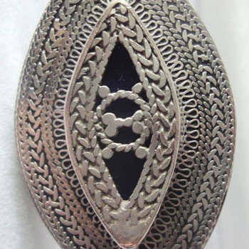 Large Sterling Silver enameled filigree oval ring