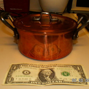 "Vintage 1970's French Copper Braiser & Lid 2.5mm Thick 5"" X 3.5"" Dimensions"