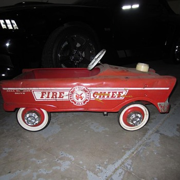 Fire Chief Pedal Car - Model Cars