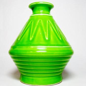 "VILLEROY & BOCH "" ART DECO VASE "" - Pottery"