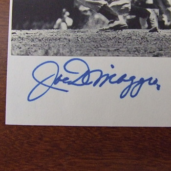 Joe Dimaggio autographed photograph