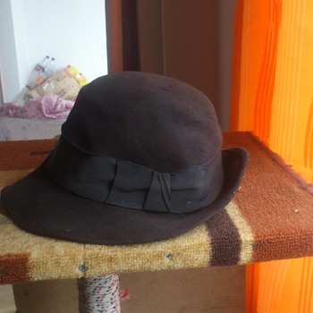 vintage womens hat - Hats