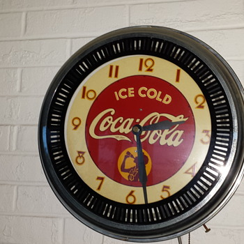 Coca-Cola Spinner Clock - Coca-Cola