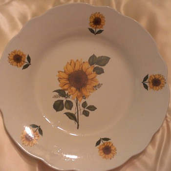 Cordon Bleu BIA Yellow Sunflower planter - China and Dinnerware