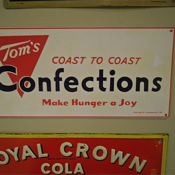 Tom's sign from 1960 - Advertising