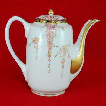 Asian Porcelain Tea Pot