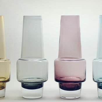 Rocket vases by Inge Samuelsson, SEA Glassworks Kosta 1960s.