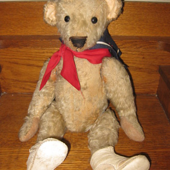 Very Well Loved Mohair Bear - Dolls