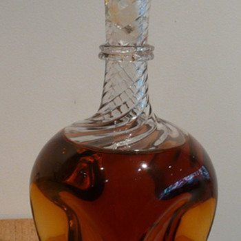 VICTORIAN DECANTER WHITEFRIARS