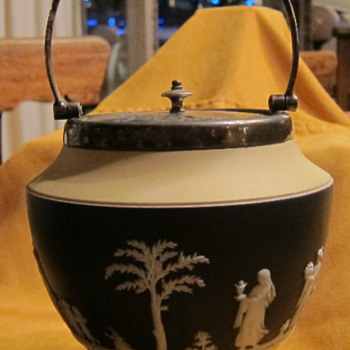 Yellow-Black-White Tri-Color Wedgwood Biscut Barrel - China and Dinnerware