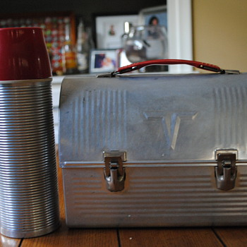 American Thermos Bottle Company Tin Dome Lunch Box - Kitchen