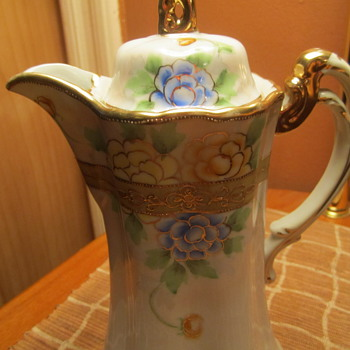 Nippon Chocolate Pot ...Gilted Gold Moriage. Hand Painted Floral. Stunning 9&quot;