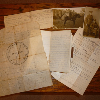 WWI soldiers paperwork