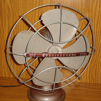 1950s Westinghouse LivelyAire Desk Fan - Tools and Hardware