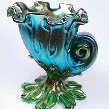 "Stunning Loetz Seashell Vase  ""Neptun"" decor ca. 1902 - Art Glass"