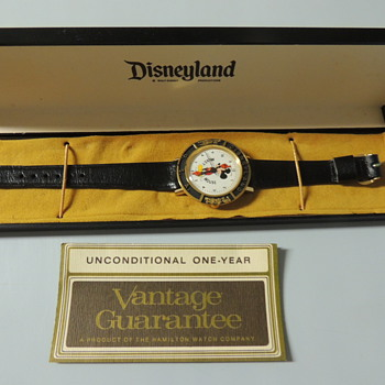 DISNEYLAND WRISTWATCH - Wristwatches
