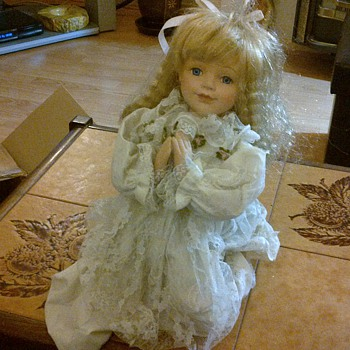 Porcelain doll - Dolls