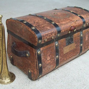 Civil War Union Officer's Trunk - Military and Wartime