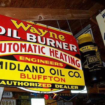WAYNE,PHILLIPS 66,ATLANTIC,BEAR signs - Petroliana