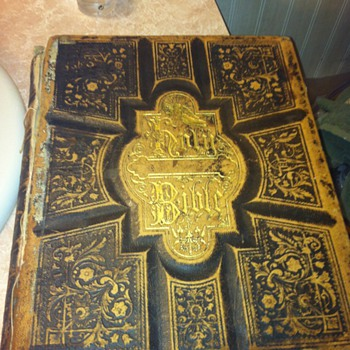 1800s Holman&#039;s Illustrated Family Bible w/ Marriage Certificate - Books