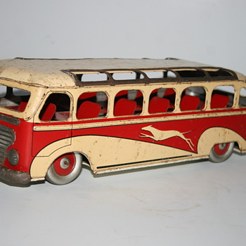 ML wind up tin toy bus