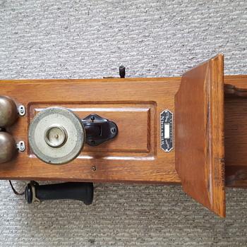 Western Wall Phone