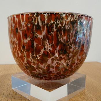 OIVA TOIKKA TUNTURISSA KULHO RUSKA - Art Glass