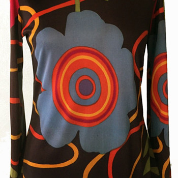 1960s British Psychedelic Fashion by Ellis - Womens Clothing