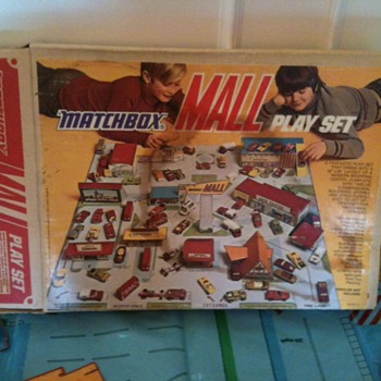 Matchbox Mall Play Set - Model Cars